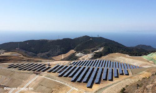静岡県西伊豆町の珪(けい)石採掘跡地に TeRaS西伊豆(太陽光発電所)が完工