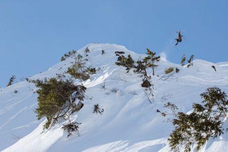 使うことで「雪山」を守れる新しい電力サービス 自然電力とFWTジャパンが「FWT DENKI」の提供を開始 ~「PeakPerformance」を国内展開するRCTジャパンが第一号顧客として決定~