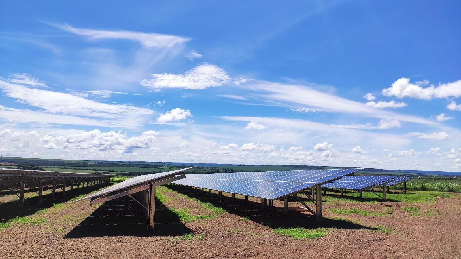 ブラジルにて2件目の太陽光発電所が完工 ドラッグストアチェーン66店舗への電力供給へ
