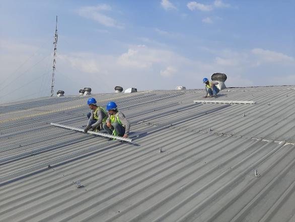 自然電力とアラムポート、インドネシアの工場・店舗における 4.2MWの屋根置き太陽光発電所を導入開始 ~再エネの直接供給により工場・店舗のCO2排出削減に寄与~